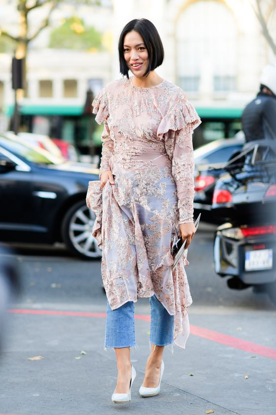 HOW TO WEAR A DRESS WITH JEANS T