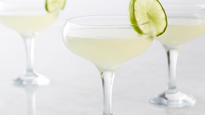 LOW CALORIE HOLIDAY VODKA COCKTAILS